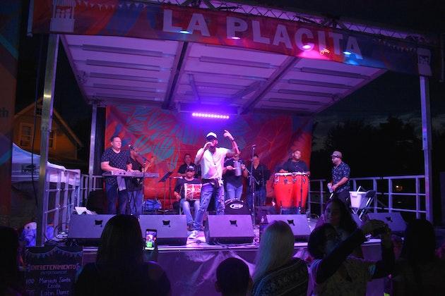 Grupo Fuego at La Placita